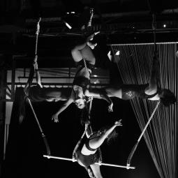 Triple Trapeze 2